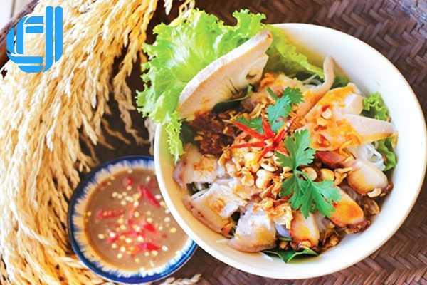 Dân dã mà đậm đà hương vị với tô bún mắm Đà Nẵng