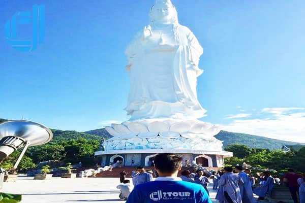 Đặt tour du lịch Đà Nẵng từ Hà Nội 5 ngày 4 đêm trọn gói dịch vụ