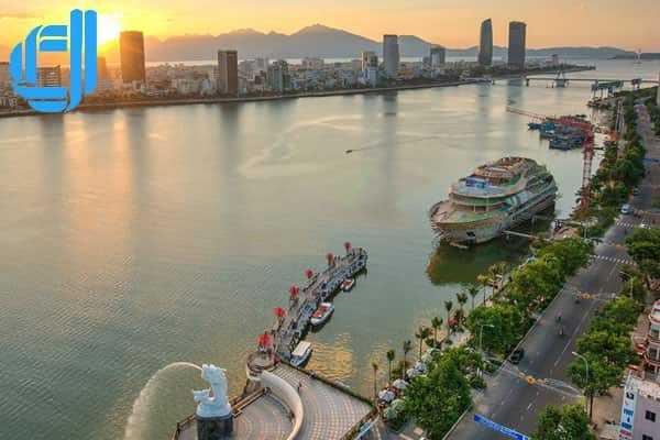Hòa mình vào không khí Tết rộn ràng khi du lịch Đà Nẵng tháng 2