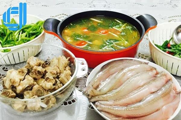 Lẩu cá khoai - Đặc sản Quảng Bình cho mùa đông thêm ấm áp