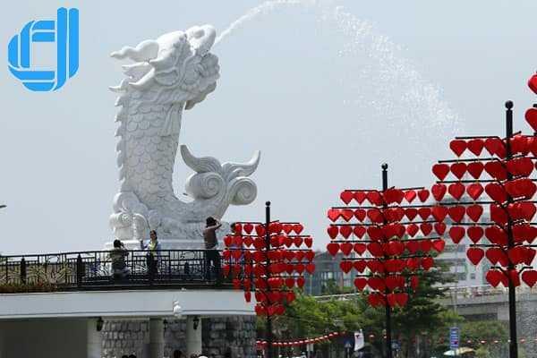 Lịch trình tour du lịch Thái Nguyên Đà Nẵng 4 ngày 3 đêm chuẩn
