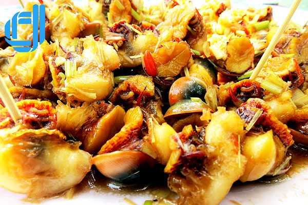 Ốc xà cừ xào sả ớt - món ngon không thể bỏ qua khi đi du lịch đảo Lý Sơn