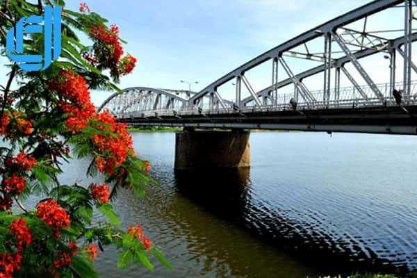 Tour du lịch Đà Nẵng đi Huế động Thiên Đường 2 ngày 1 đêm trọn gói