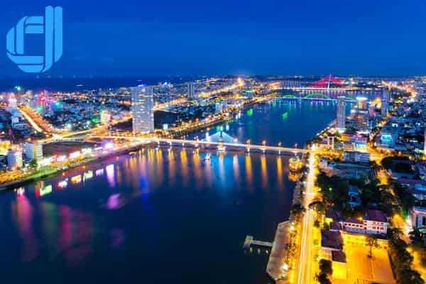 Tư vấn lịch trình tour du lịch Khánh Hoà Đà Nẵng tự túc gia đình