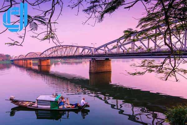 Tư vấn lịch trình tour du lịch Đà Nẵng Huế từ Cần Thơ trọn gói